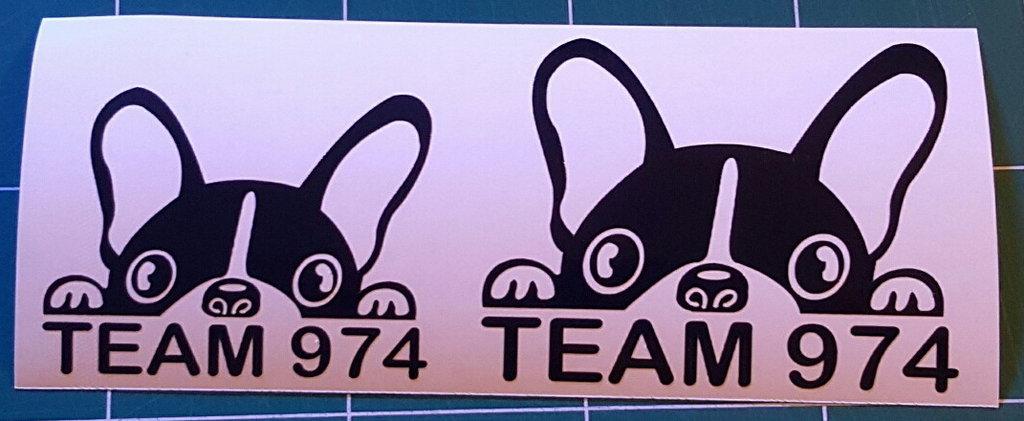 Sticker bouledogue français 974- Dim 28 x 21.8cm