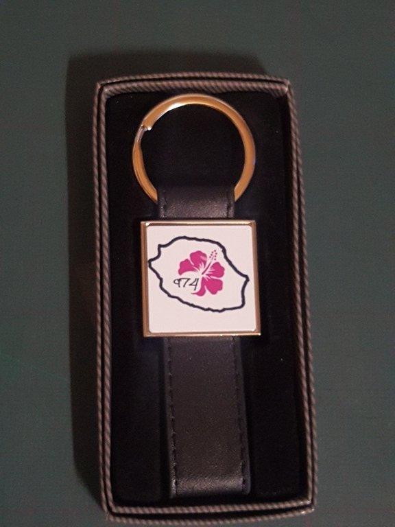 Porte clé en fer et cuir avec impression 26x26mm